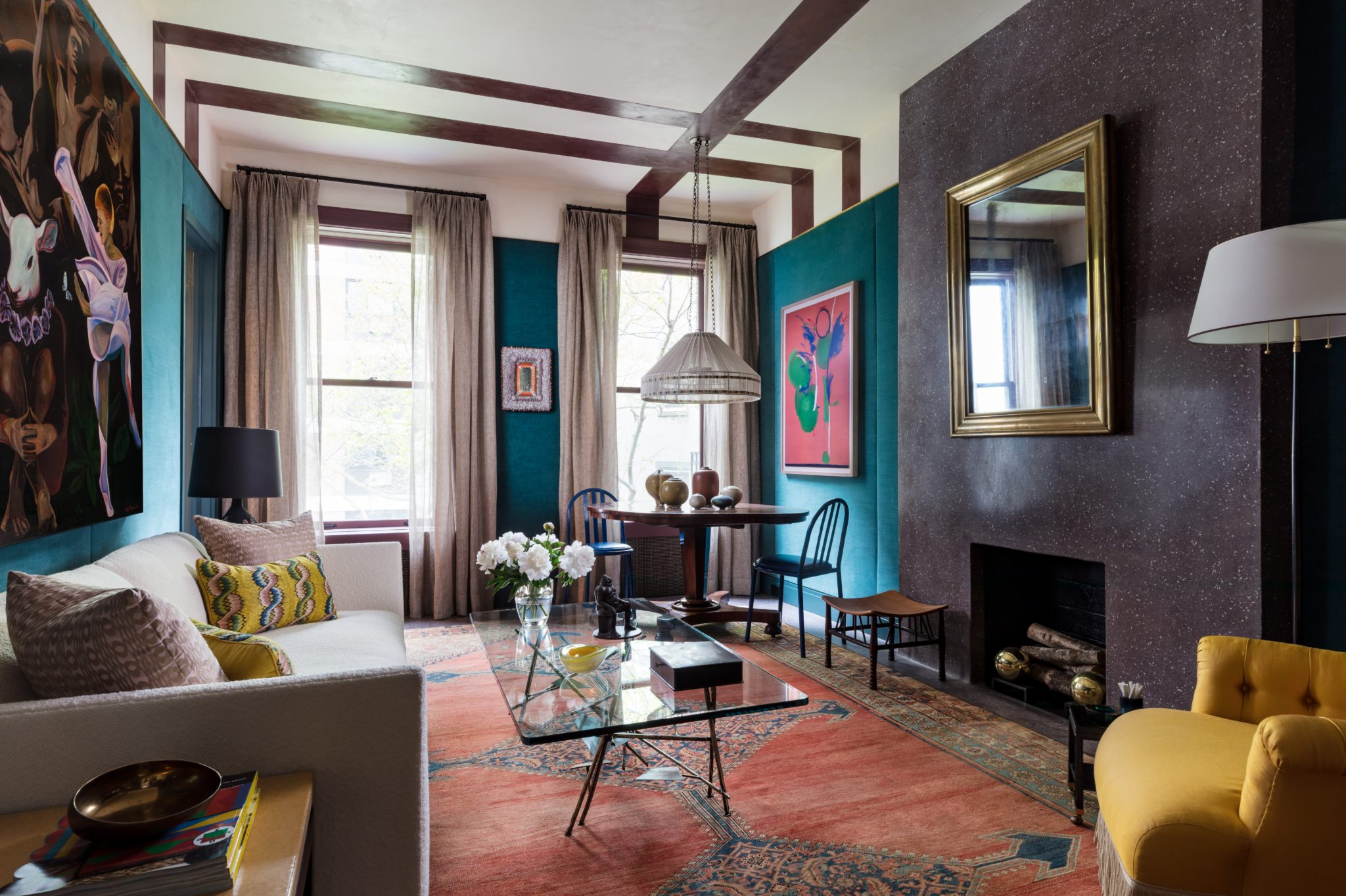 Influenced by the ease with which Italian interiors blend styles and periods,Pappas Mironlayered textures and contrasted colors and materials in this sitting room design.