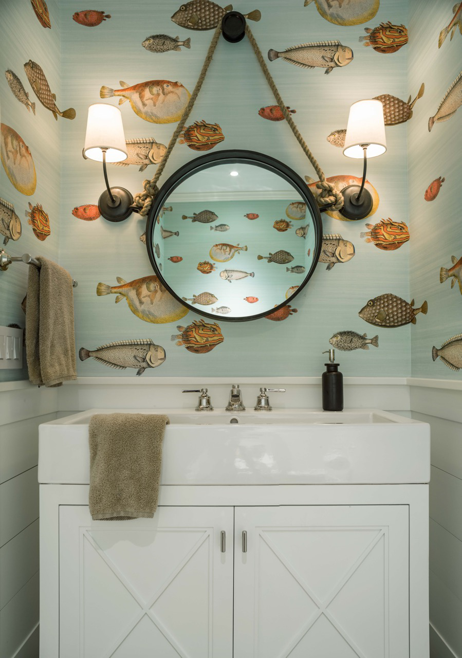 A smalleye-catching bathroom in a Nantucket vacation home, byPinney Designs.