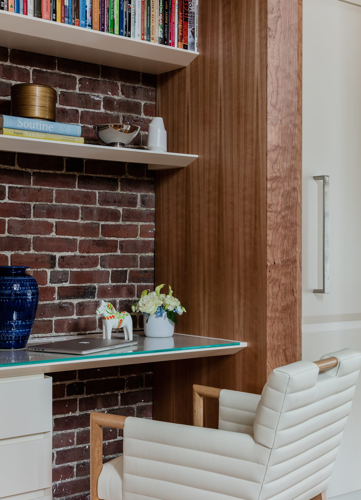 Wellesley Family Home, Office nook in kitchen - exposed brick, cookbook shelves by Platemark Design