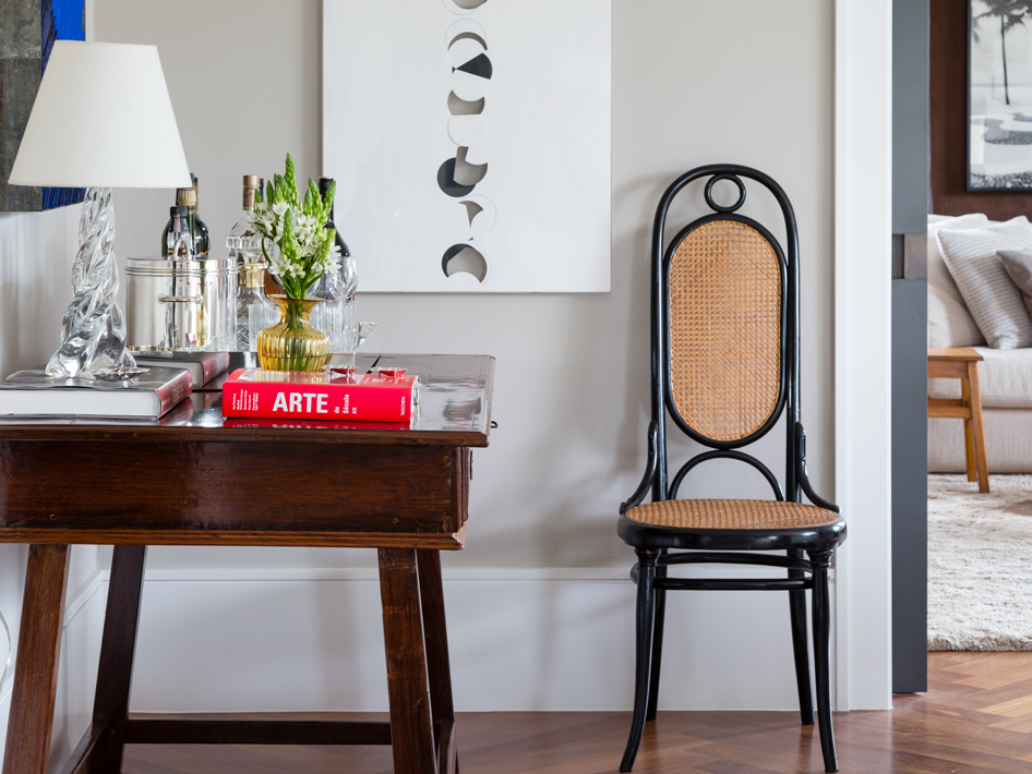 How to Decorate with Art Nouveau in Modern Interiors