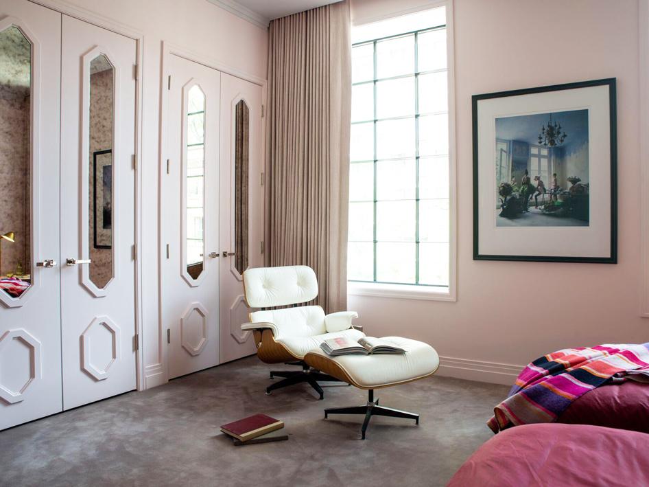 How Do You Hang a Mirror on a Door?