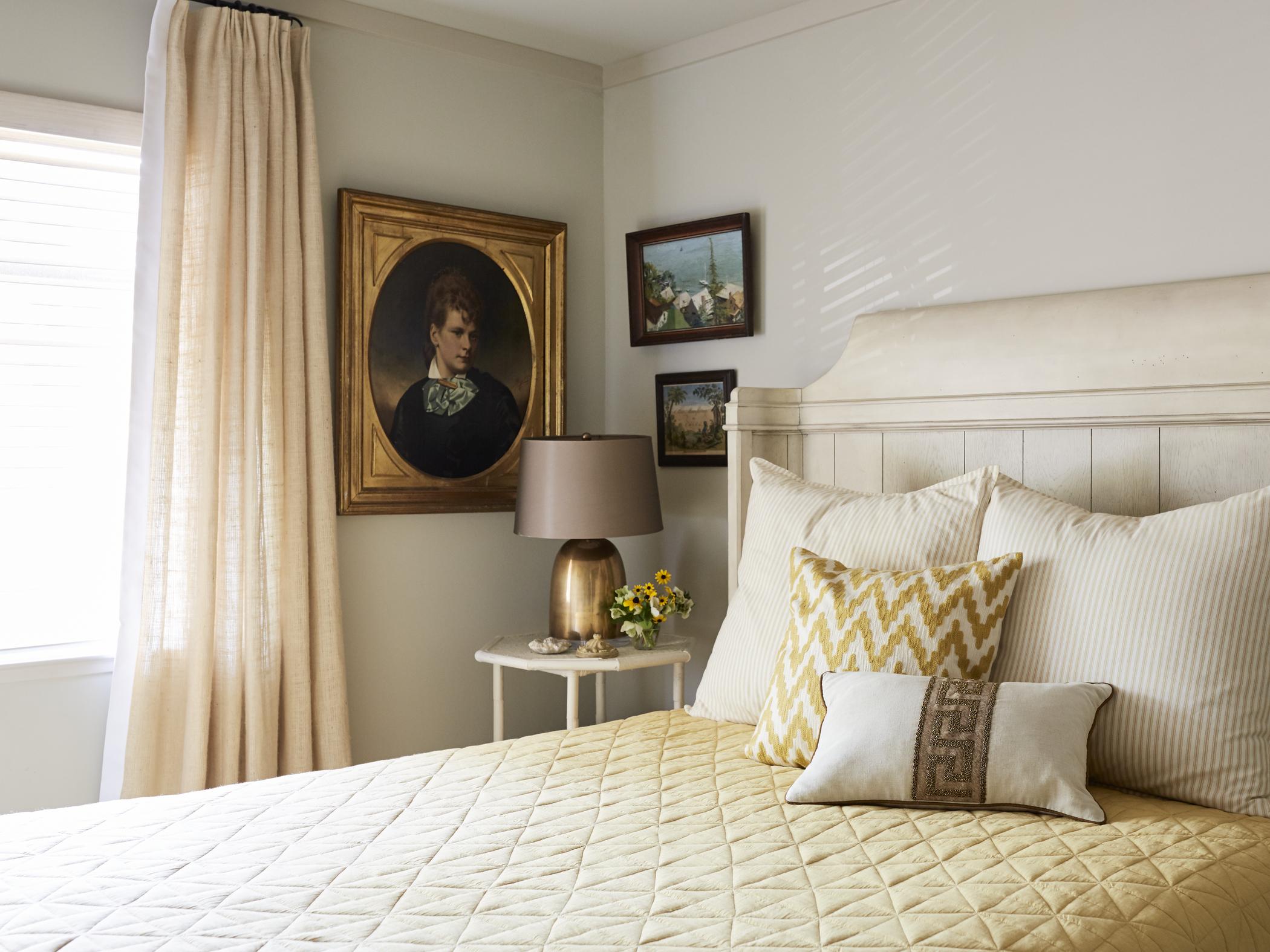 Benjamin Dhong guest bedroom
