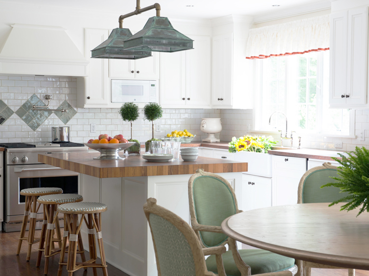 This image has an empty alt attribute; its file name is a-charming-kitchen-and-dining-room-0277-2.jpg