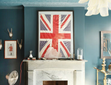 Designers Reveal How They Handle Fireplace Mantel Decor